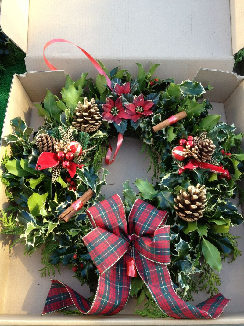 Showing our mail order holly wreath box